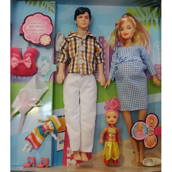 عروسک باربی باردار با خانواده